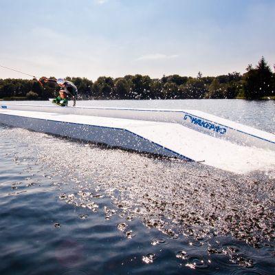 Przeszkoda wakeboard